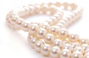 MEANING OF PEARL BIRTHSTONE