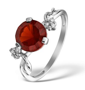 Red garnet engagement ring