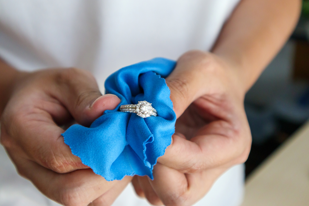 jewellery cleaning tips