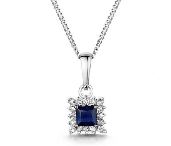 Best Gifts for Mum - Sapphire necklace