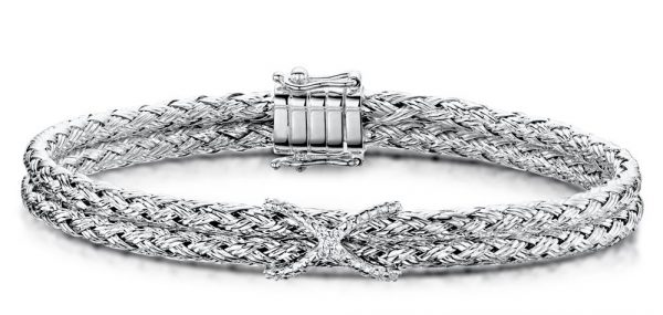 Best Gifts for Mum - silver twist bangle