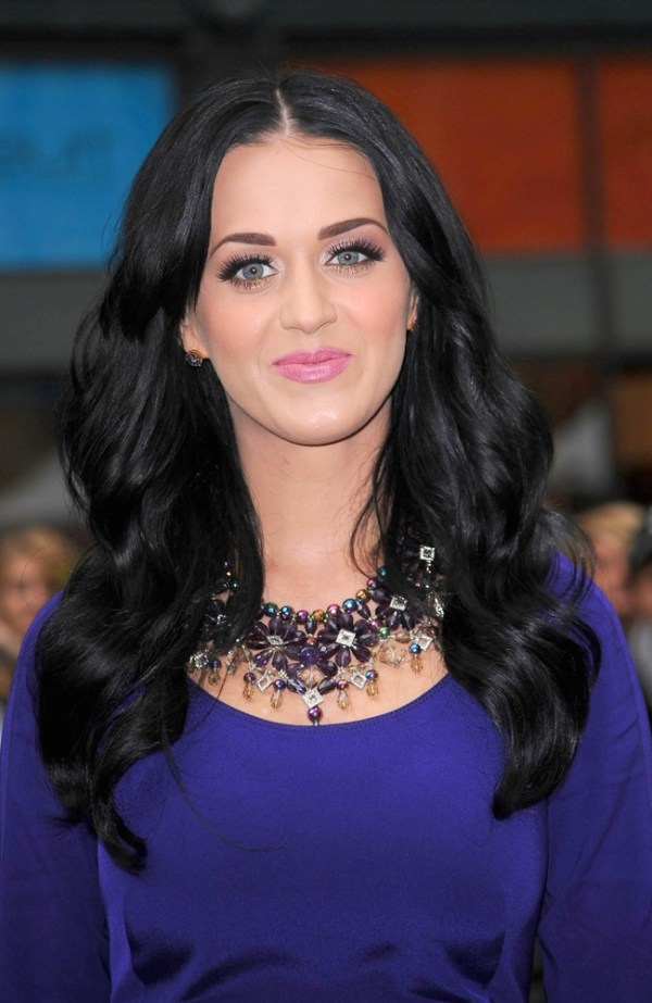 Amethyst necklace worn by Katy Perry at launch of Purr Fragrance