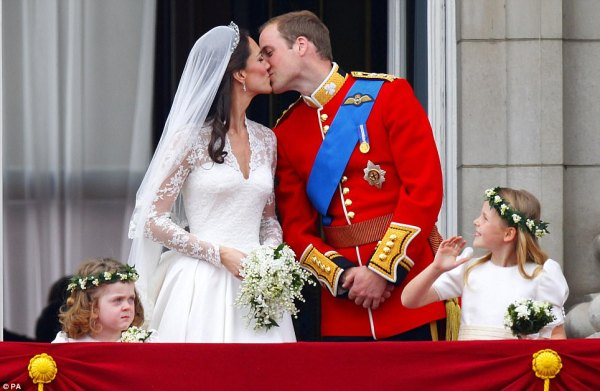10 Facts: Revisiting Kate Middleton's Engagement Ring