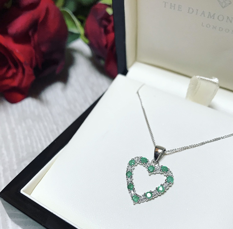 Our 10 Best Selling Diamond Necklaces of 2018