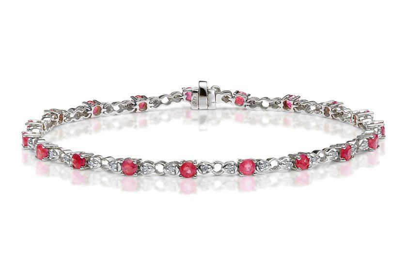 10 Best Ruby Jewellery Pieces