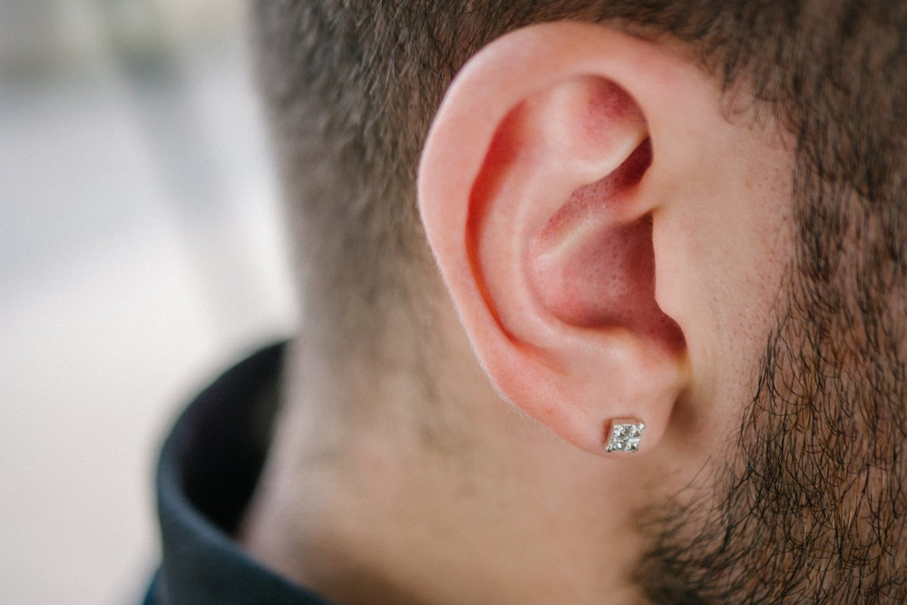Men S Diamond Earrings Guide To Buying And Wearing
