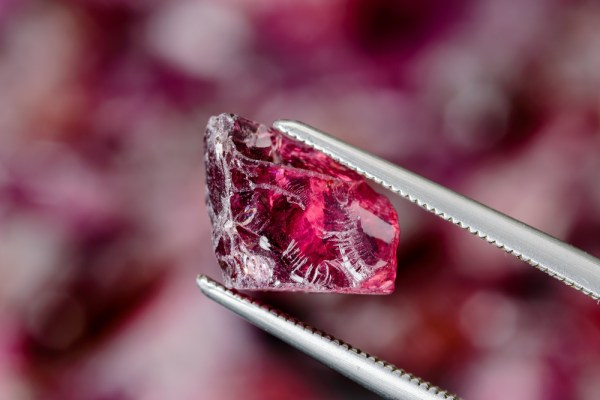 What is Garnet? January's Birthstone Meaning