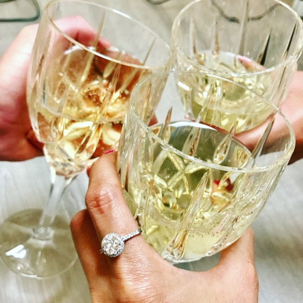How to wear a statement ring – Complete guide to cocktail rings and big fashion rings