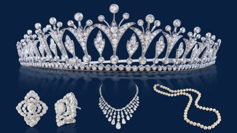 10 Best Royal Jewellery in The Crown on Netflix (1)