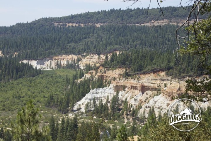 Overlook of the Malakoff Diggins as seen from the Chute Hill Campground.