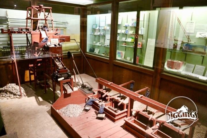 Milling Diagram in the Tri-State Mineral Museum