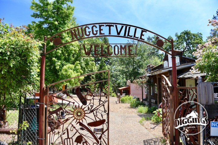 Gate entrance to the museum's boomtown replica, Nuggetville at the Gold Nugget Museum