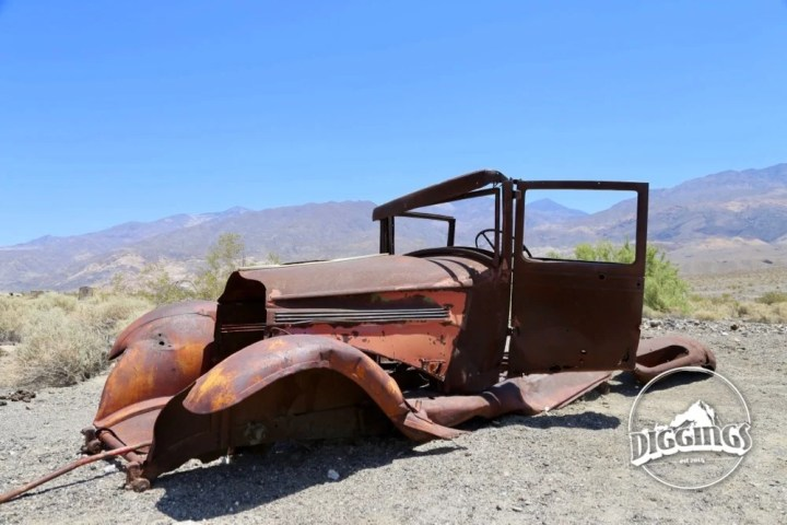 Rusted out vehicle in Ballarat, California