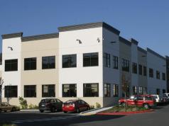 Food Lifeline, Riverton Distribution Center, Innova Architects