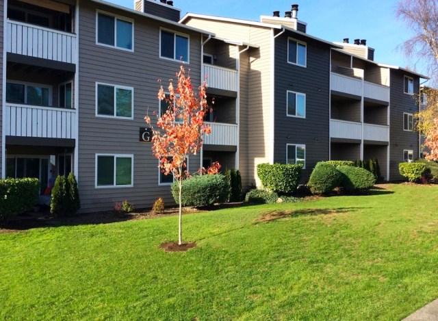 Seattle, Curtis Capital Group, Investment Property Group, Kidder Mathews, Des Moines, Burien, Interstate 5, Puget Sound region