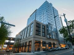Seattle, JLL, JLL Capital Markets, Mack Real Estate Group, Cyrene apartment community, multifamily, 50 University Street