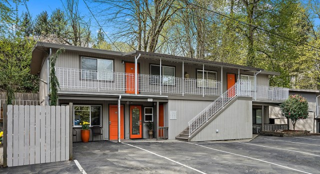 Colliers, Seattle Multifamily Team, Timber Heights Apartments, Kent, La Mirage Apartments, Stratford Company, Puget Sound Region