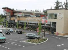 Seattle, Newmark, Village at Sammamish Town Center, Metropolitan Market, San Francisco, Standard & Poor's, Primary Servicer