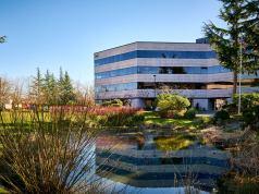 JLL, Kent, Creeksides at Centerpoint, Seattle, Menashe Properties, NAI Puget Sound Properties, HFF