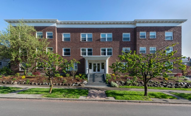 Roxborough Apartments, Seattle, Kidder Mathews, Capitol Hill, Puget Sound, Hamilton Urban Partners