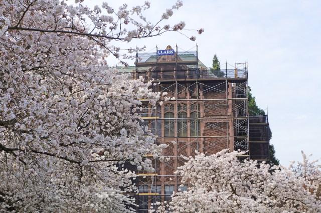 Clark Construction, University of Washington, Schacht|Aslani and Degenkolb, United Airlines, Washington State University