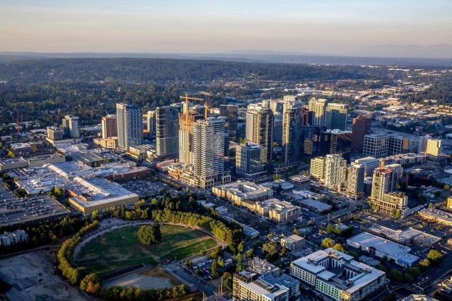 Bellevue, Kennedy Wilson, Eastgate Office Park, Corporate Campus East, CBRE, Newmark, Kennedy Wilson Real Estate Fund V, Seattle