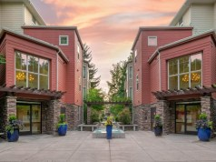 Highland Capital, Redmond