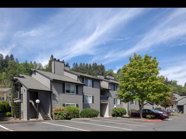 Greystar, Kent, Avana West Hill, Lake Fenwick Partners LLC, Kidder Mathews,