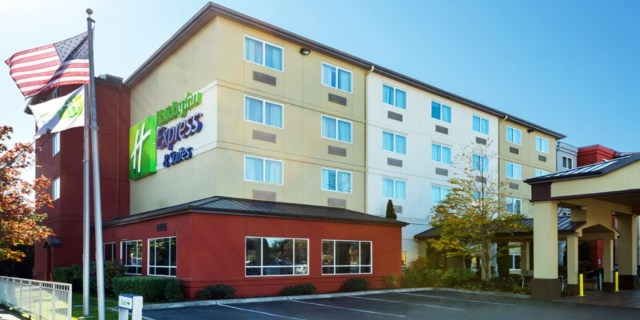King County,, Silver Cloud Inn, Holiday Inn Express & Suites, Seattle, Advance Holdings, Silver Cloud Hotels