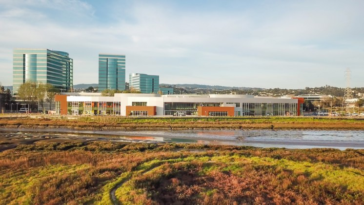 Oracle's Headquarters, Redwood City, Design Tech High School, DES Architects + Engineers, Green Building Award, Sustainable San Mateo County's 2018 Sustainability Awards, Oracle Education Foundation, XL Construction, Oracle Conference Center, Oracle Caltrain Shuttle,