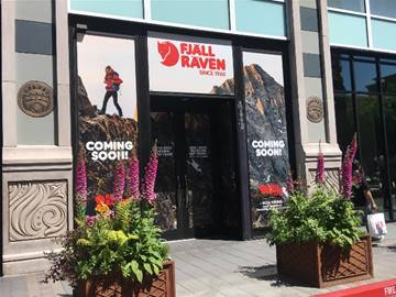 Native Shoes, Fjällräven, Everything But Water, Ozumo, SoulCycle, Santana Row, Silicon Valley, West Coast, Federal Realty Investment Trust, San Jose,
