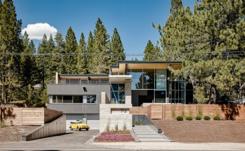 Burnt Cedar Beach House Incline Village Lake Tahoe Faulkner Architects TLUXP.com Bill Dietz Amie Quirarte