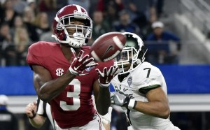 Dec 31, 2015; Arlington, TX, USA; Alabama Crimson Tide wide receiver Calvin Ridley (3) catches a touchdown pass ahead of Michigan State Spartans defensive back Demetrious Cox (7) during the third quarter in the 2015 CFP semifinal at the Cotton Bowl at AT&T Stadium. Mandatory Credit: Jerome Miron-USA TODAY Sports