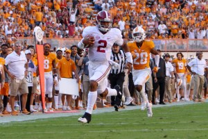 Oct 15, 2016; Knoxville, TN, USA; Alabama Crimson Tide quarterback Jalen Hurts (2) runs the ball against the Tennessee Volunteers during the first half at Neyland Stadium. Mandatory Credit: Randy Sartin-USA TODAY Sports