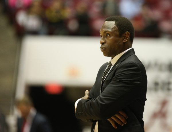 Alabama Basketball Coach Avery Johnson. Mandatory Credit: Marvin Gentry-USA TODAY Sports