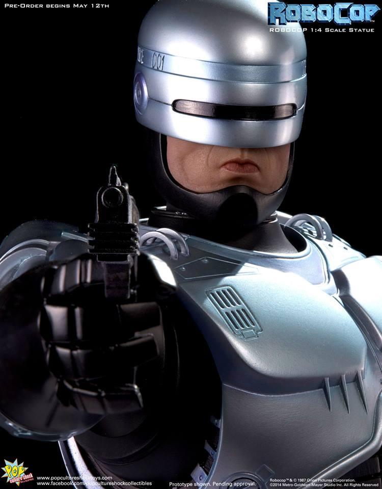 PCS Robocop Statue 015