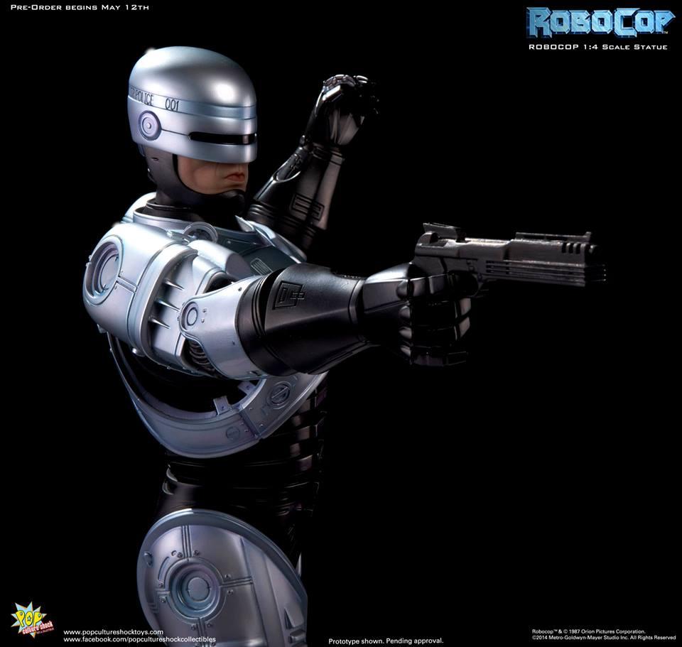 PCS Robocop Statue 017