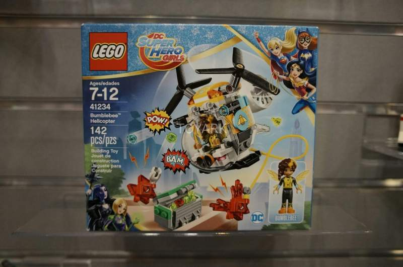 DC Super Hero Girls Bumblebee Helicopter Set 41234 Lego Toy Fair 2017