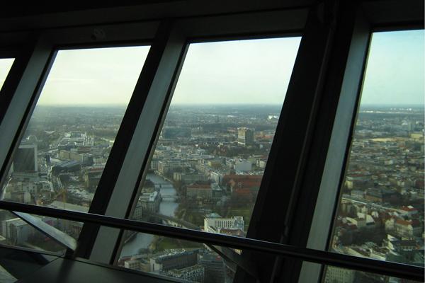 مشهد برلين من داخل برج الإذاعة والتلفزيون