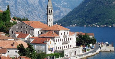 بيراست.. من أهم الوجهات السياحية في الجبل الأسود