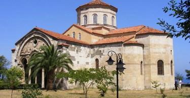 """متحف """"آيا صوفيا"""" في طرابزون"""