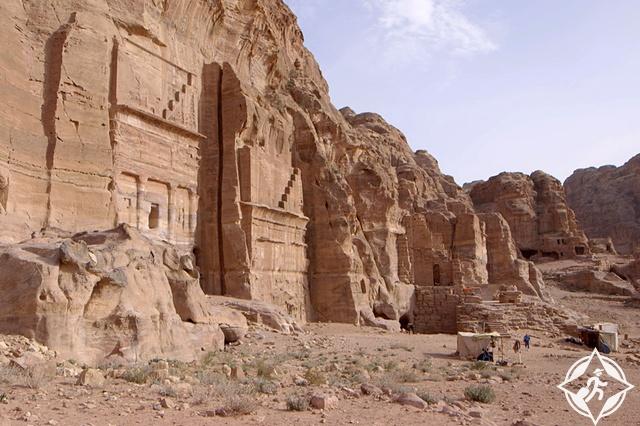 اكتشاف موقع أثري جديد في مدينة البتراء الأردنية