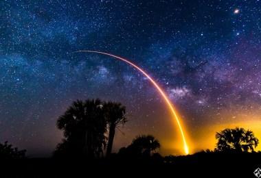 أمريكا-فلوريدا- صاروخ سبيس اكس فالكون 9-أجمل صور الفضاء الخارجي