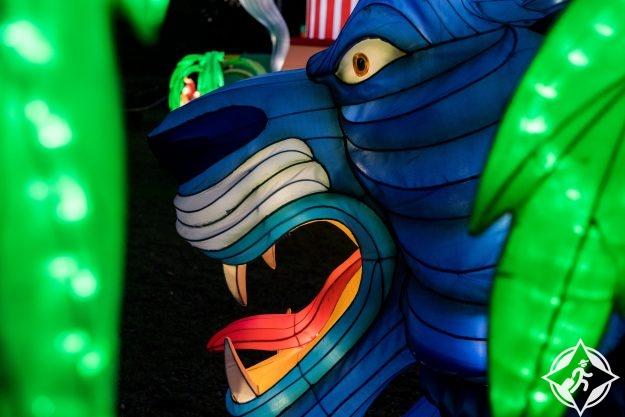 بريطانيا-لندن-حدائق تشيسوك-مهرجان المصابيح السحرية 5