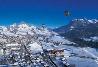 سويسرا-شاتو-دي-اويكس-منطاد-الهواء-الساخن-سويسرا-في-الشتاء