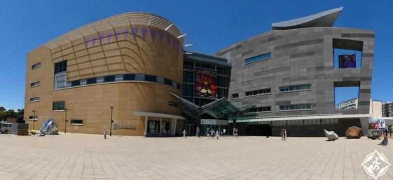 المعالم السياحية في ولينغتون - متحف نيوزيلندا