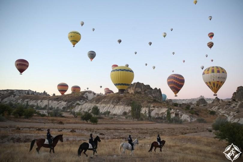 صور الأسبوع: روعة المهرجانات والسباقات وأجواء الخريف حول العالم