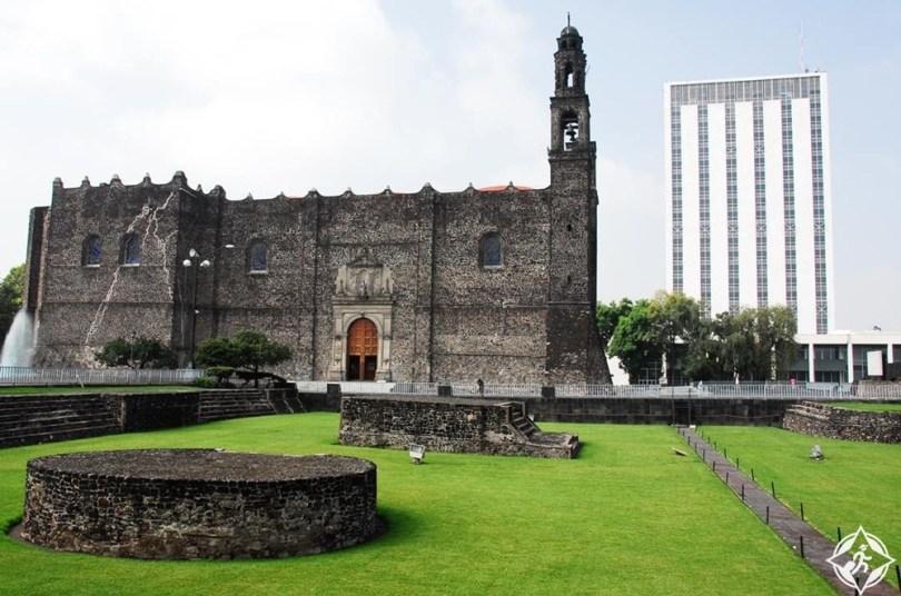 مكسيكو سيتي - ساحة الثقافات الثلاث