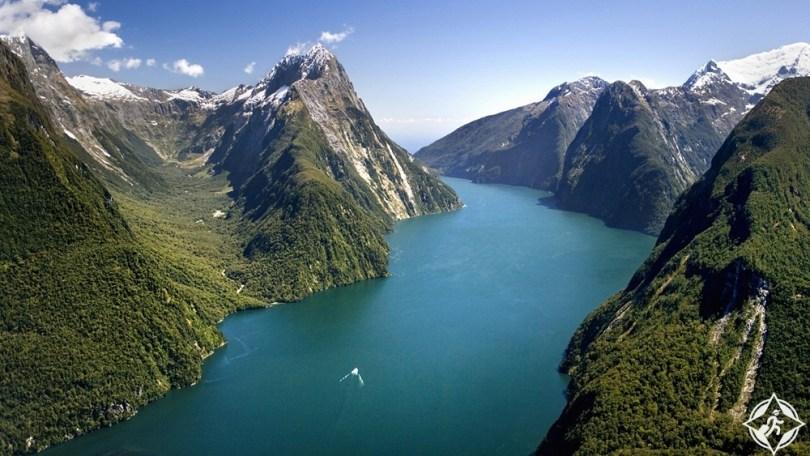 السياحة في نيوزيلندا - حديقة فيوردلاند الوطنية