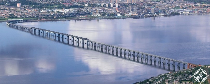 دندي - جسر تاي للسكك الحديدية